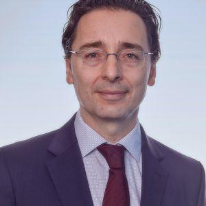 Julián García-Chazarra KPMG