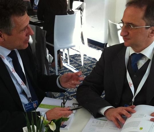 José Luis Blasco y Edoardo Gai en Davos